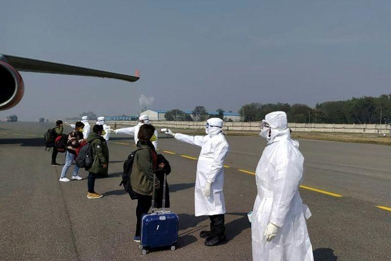 Индия забранява всички пристигащи търговски полети да задържат разпространението на коронавирус