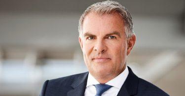 Lufthansa achieves adjusted EBIT of €2 billion in difficult economic environment