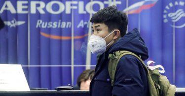 روسيا لترحيل الأجانب المخالفين للحجر الصحي لـ COVID-19