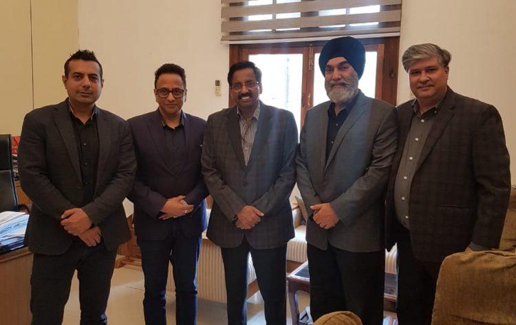 Индийски фонд, предложен от премиера за справяне с коронавируса COVID-19