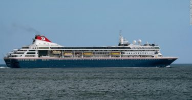 Cruise ship unable to dock in Bahamas receives critical medical supplies