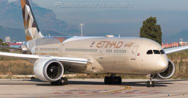 Etihad Airways sender charterfly til Rusland efter flysuspension på grund af COVID-19