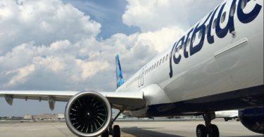 JetBlue interdit un passager à vie sur COVID-19