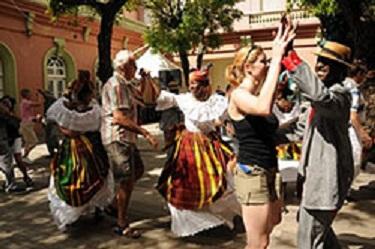Martinik vyzývá turisty, aby se vrátili domů