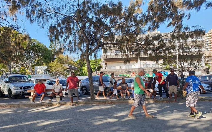 Ny Kaledonien lukker offentlige steder på grund af Covid-19