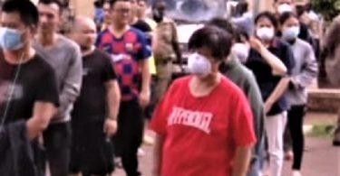ウガンダの犯罪事件で逮捕された中国のギャング