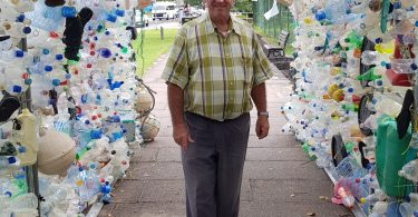 Plastic Ocean Arch i Seychellerne viser den barske virkelighed af havforurening