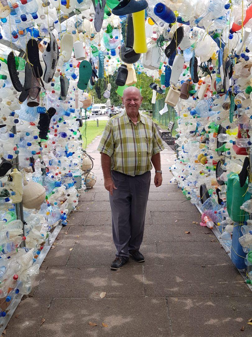 Пластмасовата океанска арка на Сейшелските острови демонстрира суровата реалност на замърсяването на океана