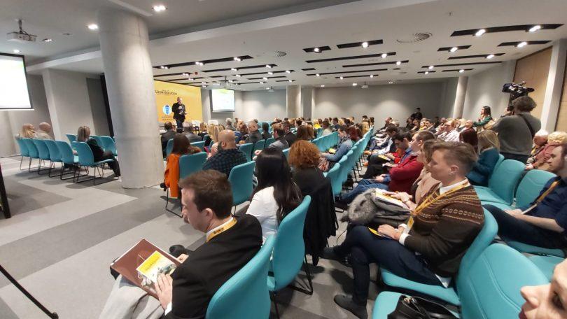 Uzakrota schloss in Serbien mit 300 Teilnehmern über Tourismus und Gesundheit