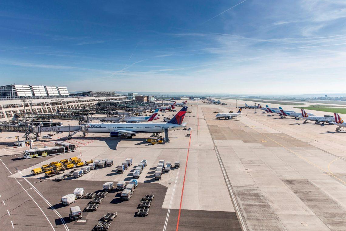 Stuttgartin lentokenttä keskeyttää lentotoiminnan 6. – 22. Huhtikuuta
