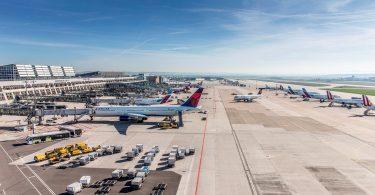 أوقف مطار شتوتغارت عمليات الرحلات الجوية من 6 أبريل إلى 22 أبريل