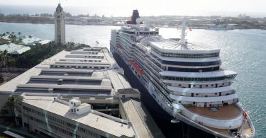 Luxury cruise line Cunard extends pause to voyages