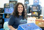 अलास्का एयरलाइंस ने जरूरतमंद परिवारों को खाना खिलाने के लिए नई चुनौती पेश की