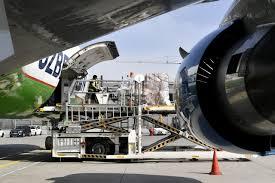 تجهیزات محافظتی پزشکی که وارد فرودگاه مونیخ می شوند