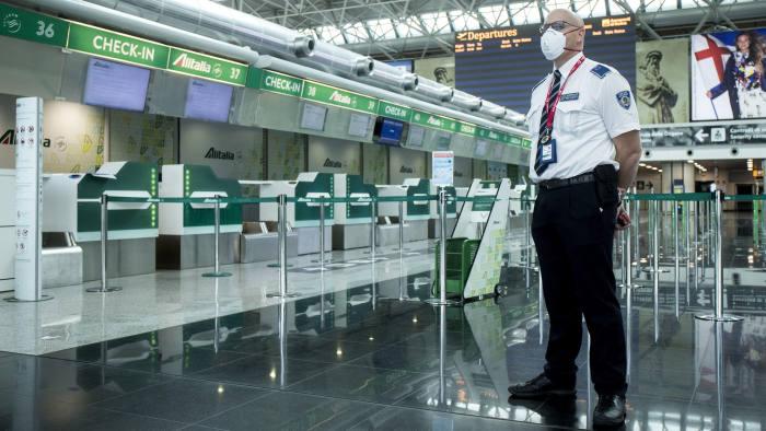 IATA: 25 milionů ohrožených pracovních míst s odstavením letecké společnosti