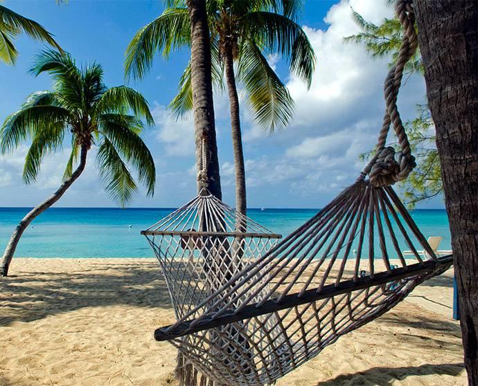Ntlafatso ea semmuso ea Grand Cayman ho COVID-19