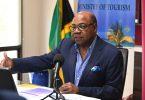 Министр Бартлетт туризм субъектілеріне арналған лицензияларға 6 айлық мораторий жариялады