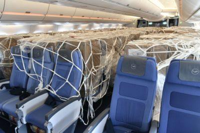 Lufthansa Airbus A350s trazem equipamentos de proteção da China para Munique