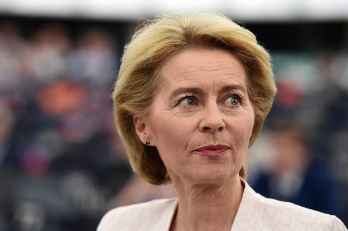 ԵՄ հանձնաժողովի նախագահը ձիթապտղի ճյուղը տարածում է դեպի Իտալիա