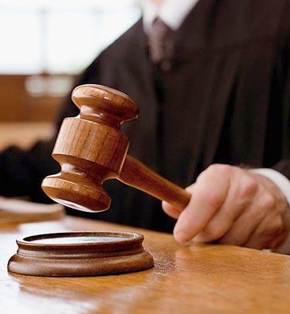 دادگاه فدرال اجازه اعلامیه های ایرلاین های فریبنده و ناکافی را می دهد