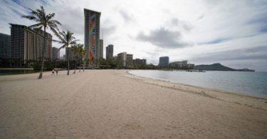 Hotely na Havaji hlásí dramatický pokles příjmů a obsazenosti