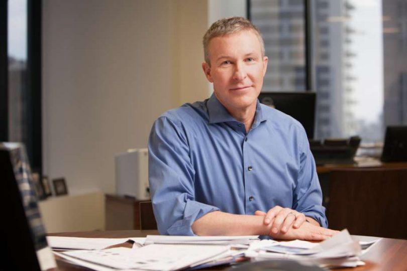 مدیر عامل شرکت هواپیمایی یونایتد برای تقریباً 100,000 کارمند شرکت هواپیمایی پیام ارسال می کند
