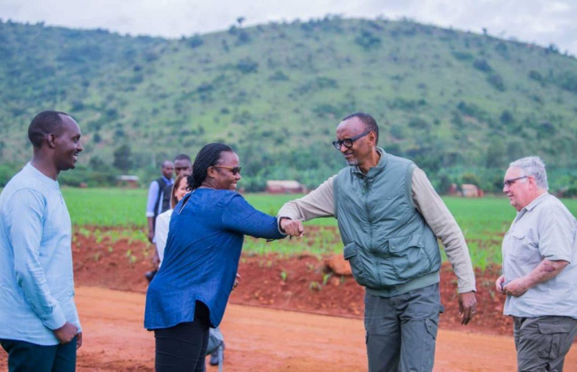Ruanda elkötelezi magát a helyi turizmus támogatása iránt a COVID-19 utáni helyreállítás során