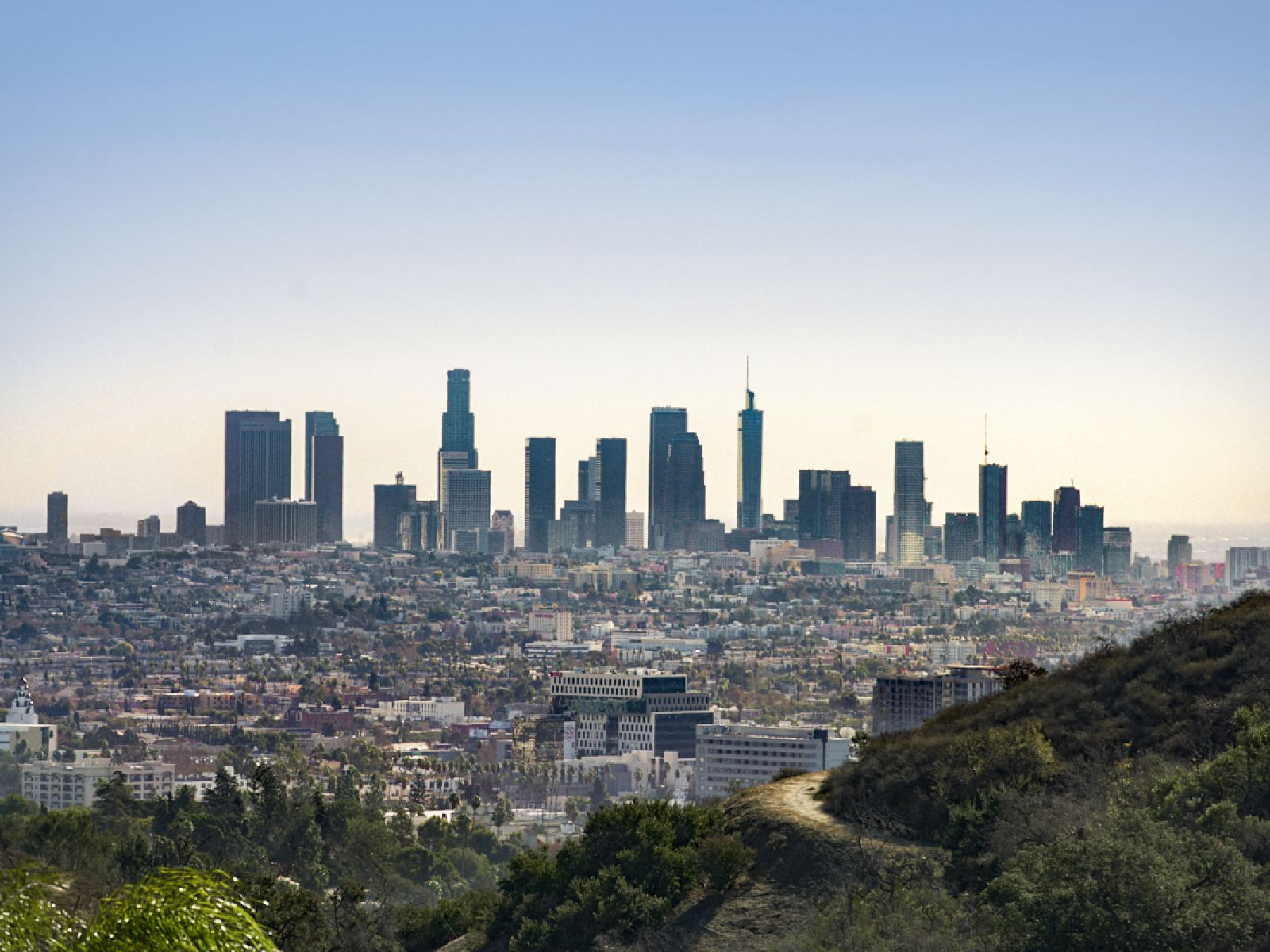 Los Angeles hotels volunteer 30,000 rooms to LA COVID-19 response