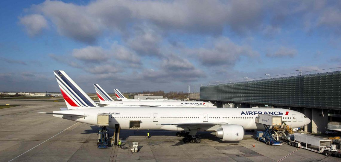 França promete € 300 milhões para apoiar aeroportos do país