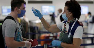 Američke zrakoplovne tvrtke obvezuju se na povrat novca za putnike kojima je uskraćen ukrcaj provjerom temperature na aerodromu
