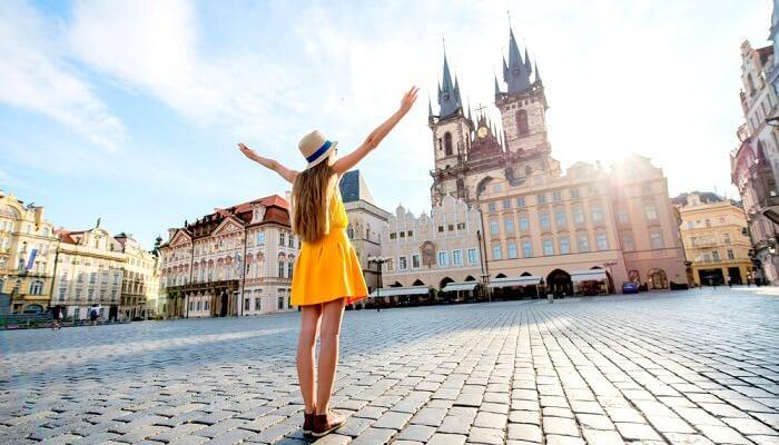 Cestovní ruch se pomalu vrací do České republiky
