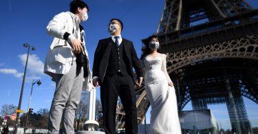 Pariz će posjetiteljima ponovo otvoriti kultni Eiffelov toranj za 13 dana