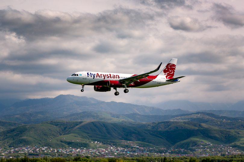 FlyArystan indo para o oeste do Cazaquistão
