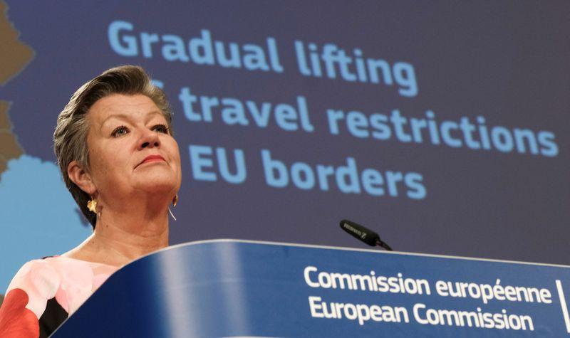 کشورهای عضو اتحادیه اروپا شروع به رفع محدودیت های سفر می کنند