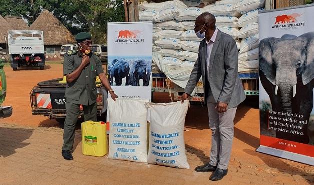 African Wildlife Foundation lahjoittaa ruoka-apua