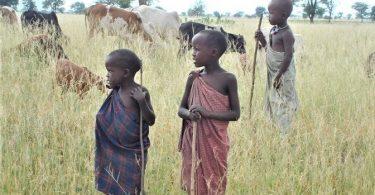 Miljoonat afrikkalaiset lapset uhkaavat lapsityövoimaa COVID-19-kriisissä