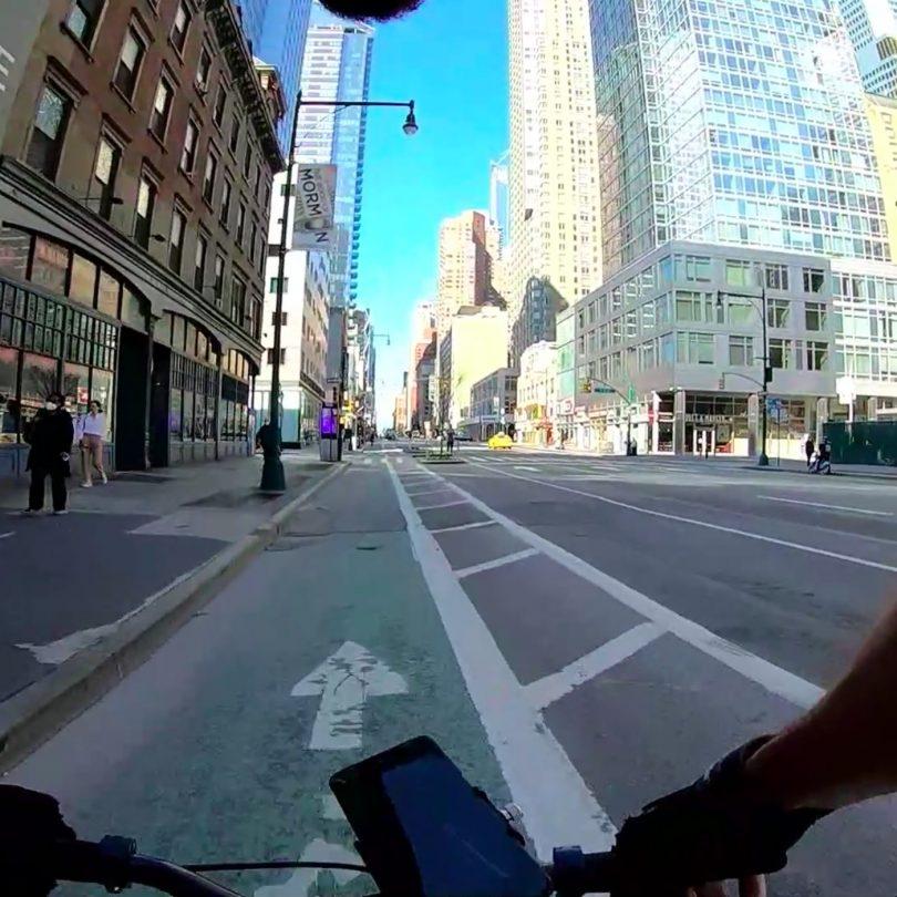 عبور از منهتن پس از منع رفت و آمد با COVID-19 و واقعیت ناآرامی های مدنی