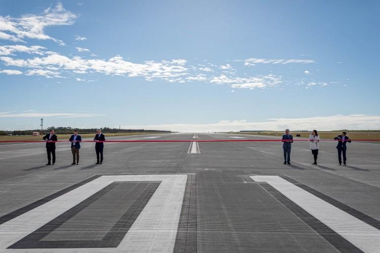 Letiště Brisbane uvádí druhou přistávací dráhu