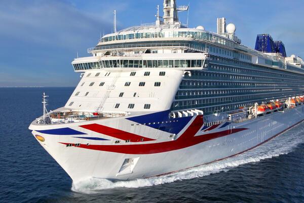 Ministerstvo zahraničních věcí Spojeného království přináší větší zmatek při návratu plaveb