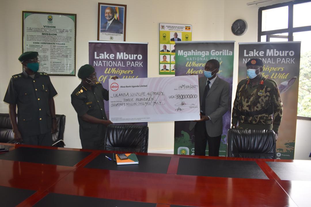 يدعم Pilgrim Africa دوريات الحراس في Gorilla Parks