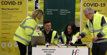 وزير: أيرلندا ستبقي على الحجر الصحي لفيروس كوفيد -19 للزوار من المملكة المتحدة والولايات المتحدة