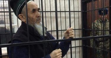 فعال مشهور حقوق بشر در زندان قرقیزستان درگذشت
