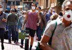 Gezichtsmaskers zijn nu overal verplicht in Madrid te plaatsen