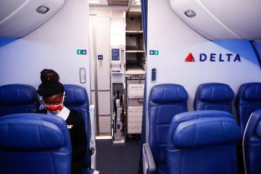 Delta Air Lines برای رزروهای جدید ، سفر به سال 2020 ، معافیت های مربوط به هزینه تغییر را افزایش می دهد