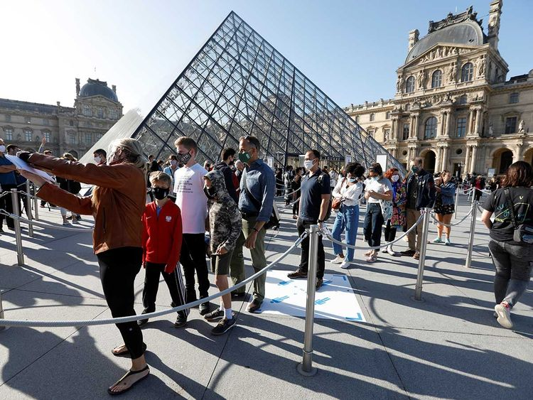 Louvre re-opens to public after losing $45 million to COVID-19 lockdown