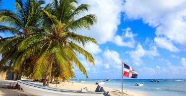 Republika Dominikane hapi kufijtë e saj për turistët ndërkombëtarë