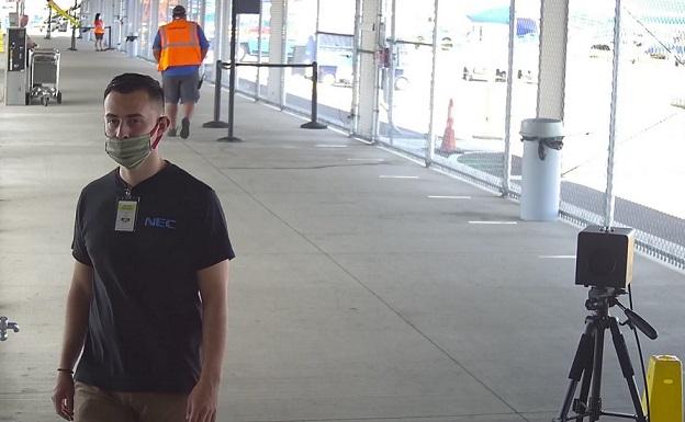 Los aeropuertos de Hawái intensifican las medidas preventivas contra COVID-19