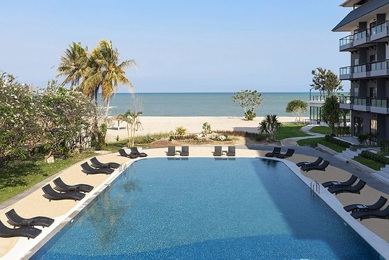 Centara پیش نمایش سریعی از Centra توسط Centara Cha Am Beach Resort Hua Hin را ارائه می دهد