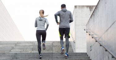 4 Wenke vir oefening en fiksheid om u gesondheid te verbeter