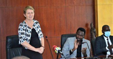 Itä-Afrikan lentokentät COVID-19 -henkilökunnan koulutus